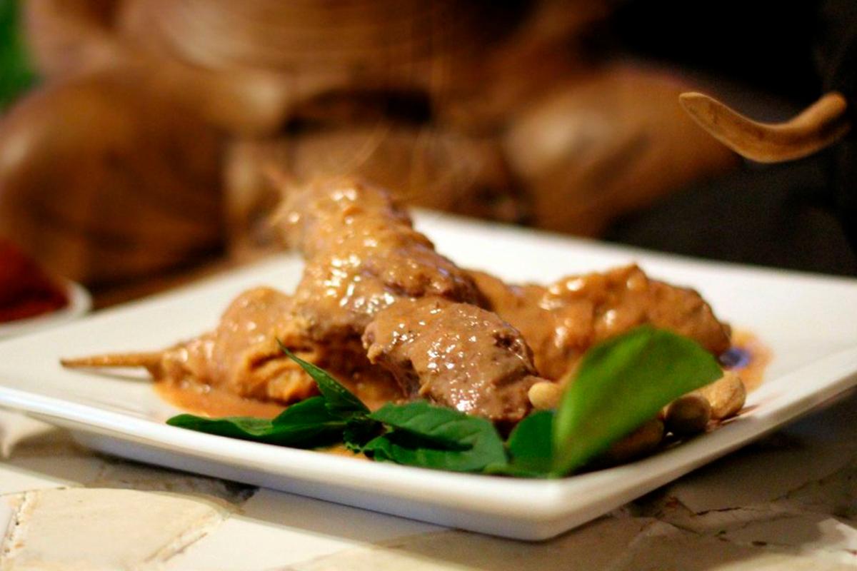 Brochettes de poulet sauce satay (2)